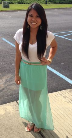 I adore this mint maxi skirt! Summer favorite :)