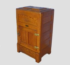 Converted ice box | Early Ice Boxes | Pinterest | Vintage Antiques and Refrigerators & Converted ice box | Early Ice Boxes | Pinterest | Vintage ... Aboutintivar.Com