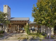 Mediterranean Style House-Ryan Street-18-1 Kindesign