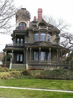 victorian mansion - South Hill Neighborhood, Bellingham, WA