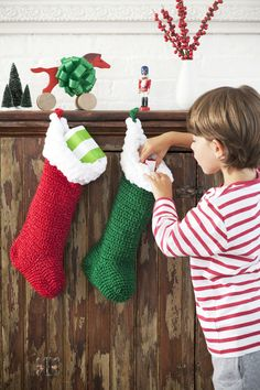 crochet Christmas stockings--good cuff idea, using pom pom yarn, but not a pattern.  You have to order it.