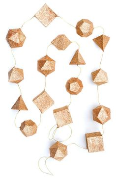 Glittering geometry garland