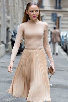 neutral to the max. #KristinaBazan in Milan. #Kayture