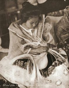 a Filipina girl making Buntal Hat, Lucban, Quezon, Philippines