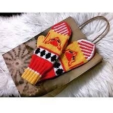 """Finnish """"foxcandy"""" mittens"""