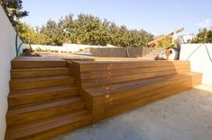 Planter Bench Design Ideas - use to frame out above ground pool Deck Steps, Porch Steps, Outdoor Steps, Backyard Patio, Backyard Landscaping, Deck Design, Garden Design, Planter Bench, Bench Designs