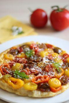 Tarte train aux légumes du soleil (tomates cerises colorées et petits poivrons) | Les Bentos de July