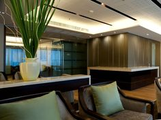 World-class architecture and interior design firm dwp were asked to design a new Executive Lounge on of the luxurious Emporium Suites. The lounge, at approximately. Residential Interior Design, Design Firms, Lounge, Architecture, Luxury, Projects, Airport Lounge, Arquitetura, Log Projects