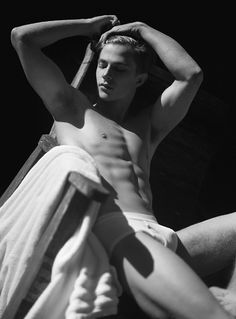 Pedro Bertolini photographed by Eber Figueira for Made in Brazil
