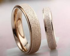 Frosted 18K Rose Gold Ring Thick