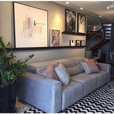 home decor inspiration Narrow Living Room, Home Living Room, Living Room Decor, Style At Home, Interior Design Living Room, Living Room Designs, Sala Grande, Home Fashion, Small Apartments