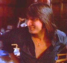 Steve Perry he always had such beautiful hair-so shiny no  matter what style it was.