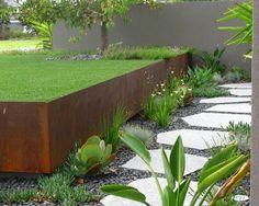 mur-soutènement-construction-idées-jardin-métal-allée-pas-japonnais