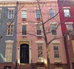 pink house, chelsea.