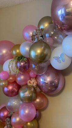 Birthday Balloon Decorations, Birthday Balloons, Baby Shower Decorations, Birthday Party Themes, Balloon Flowers, Balloon Bouquet, Balloon Garland, Butterfly Theme Party, Butterfly Baby Shower