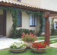Lawn and Garden Tools Basics Garden Decoration - Nicos Garden Yard Ideas, Terrace Garden, Lawn And Garden, Garden Projects, Garden Art, Garden Plants, Home And Garden, Potted Plants, Plantar