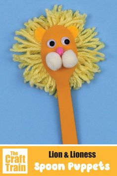 lion craft spoon puppet easy craft for kids. This is a fun DIY toy perfect for an African theme #kidscrafts #kidsactivities #thecrafttrain #funkidscrafts #animalcrafts #puppets #spoonpuppets #spooncrafts #diytoys Fun Easy Crafts, Fun Crafts For Kids, Preschool Crafts, Fun Diy, Kid Crafts, Spoon Ornaments, Spoon Craft, Painted Spoons, Movie Crafts