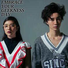 7月13日は ギークの日 ゲーム音楽ファッション あなたが夢中になることは 今日は自分の中のオタク心に誇りを持って全面にアピール NYLON.JPでは365日毎日がアニバーサリーをテーマにファッショナブルでユニークなスタイリングを毎日提案しているよ http://www.nylon.jp/365 model: @DORISAKURADA @LIGHT.MITO #365anniversary #fashion #makeup#beauty #style #game #music #今日は何の日 #make #JULY #nylonjapan #nylonjp#caelumjp #coordinated #coordinates#ootd #outfit #coordinate #photography#tflers #cute #fun #beautiful #swag#photooftheday #photo #photolike #桜田通  via NYLON JAPAN MAGAZINE OFFICIAL INSTAGRAM - Celebrity  Fashion…