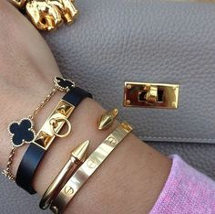 Tendance Bracelets  Hermes micro rivale VCA bracelet Cartier vita fede dream stacks
