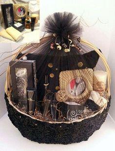 Lashell's Fashion Gift Baskets - Fashion Gift Basket with Reb'l fleur by Rihanna Fragrance a… Mothers Day Baskets, Mother's Day Gift Baskets, Gift Hampers, Wedding Gift Baskets, Wedding Gift Wrapping, Wedding Gift Boxes, Engagement Gift Baskets, Creative Wedding Gifts, Creative Gifts