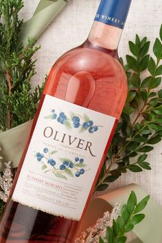 100 calories. 100% real fruit. New from Oliver Winery! Wine Cocktails, Alcoholic Drinks, Pineapple Cobbler, Megan Good, Moscato Wine, Drink Specials, Wine Cheese, 100 Calories, Wine And Spirits