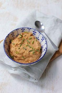 Delish hummus recipe easy tahini and get cooking like a pro Healthy Hummus Recipe, Easy Healthy Recipes, Healthy Snacks, Vegetarian Recipes, Vegan Hummus, Healthy Breakfasts, Tapenade, A Food, Good Food