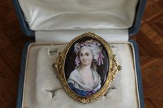 19th century Brooch, Napoleon III. Porcelain portrait of a Lady, very stylish and elegant style. For sale on Proantic by AGL Antiquités. #brooch   #napoleonIII   #19thcentury
