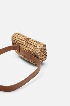 Check out tennis bracelets! Crochet Pouch, Crochet Backpack, Diy Crochet, Crochet Handbags, Crochet Purses, Money Belt, Crochet Shoulder Bags, Macrame Bag, Crochet Slippers