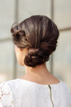 30 Bridesmaid Hairstyles Your Friends Will Actually Love Beauty Supply Beauty Oxford Dictionary Beautycou Bridesmaid Hair Hair Styles Hair Tutorials Easy