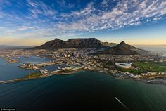 Lonely Planet reveals the best cities in the world Lonely Planet, South Africa Holidays, Mountain Sunset, Table Mountain, Jet Lag, Day Hike, Best Cities, Cape Town, Woodstock