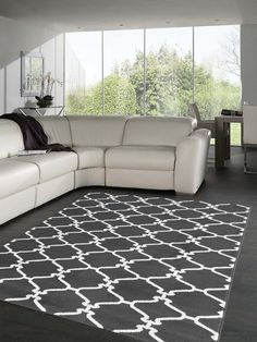 Dark Gray And White Area Rug Love This Color Combo With Ebony Floors