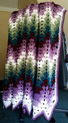 Grandma Spiked My Ripple Blanket Ravelry: Project Gallery for Gr. - Grandma Spiked My Ripple Blanket Ravelry: Project Gallery for Grandma Spiked My Rip - Crochet Ripple Afghan, Afghan Crochet Patterns, Baby Blanket Crochet, Knitting Patterns, Baby Afghans, Chevron Crochet Blanket Pattern, Crochet Stitches, Crochet Afgans, Crochet Fox