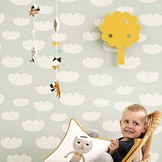 Découvrez les papiers peints Ferm Living qui habillent les murs des chambres d'enfant avec style et feront l'unanimité auprès des enfants et de leur parents.