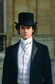 Hugh Dancy as Daniel Deronda....*weeps over him not being able to marry both Mirah and Gwen* :P