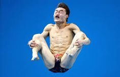 These 33 hilarious perfectly timed photos show how a photographer has to be in the right place at the right time. These funny photos will get you going! Best Funny Pictures, Funny Images, Funny Photos, Silly Pictures, Perfectly Timed Photos, Perfect Timing, Funny Facts, Olympic Games, Just For Laughs