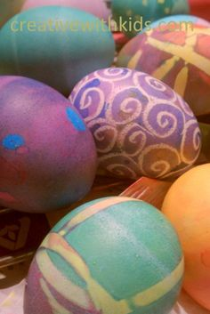 3 beautiful and SIMPLE ways to dye Easter eggs