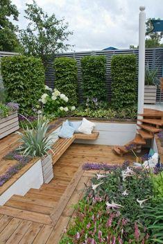 banc d'extérieur en bois, jardin moderne, salon de jardin avec bancs