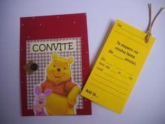 """Convitinho para aniversário no tema """"URSINHO PUFF""""! Feito em scrapbook, medindo 1/4 de ofício (10x15cm). Com um cartão-convite no """"bolso"""", que vc puxa pelo cordão, e preenche os dados.  Este cartão-convite pode já ser impresso com os dados da festa ficando em branco apenas o nome dos convidados. Se preferir com o nome do convidado impresso também, o valor do convite é acrescido de $0,50 por unidade. Basta passar uma listagem, e enviamos as artes para aprovação antes de imprimir. O convite…"""