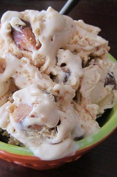 "Yummy Peanut Butter Cup Ice Cream | ""Delicious! Perfect amount for the KitchenAid ice cream maker."" #dessertrecipes #dessertideas #frozendesserts #icebox #iceboxdessert #nobakedessert Icebox Desserts, Frozen Desserts, Frozen Treats, No Bake Desserts, Dessert Recipes, Kitchenaid Ice Cream Maker, Peanut Butter Ice Cream, Homemade Popsicles, Ice Cream Recipes"