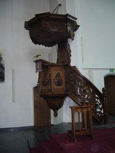 preekstoel Kloosterkerk in Den Haag