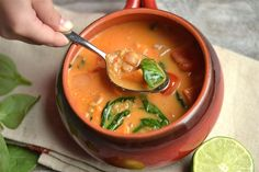 Lime Coconut Curry Chickpea Soup with Quinoa - Wholesomelicious Chickpea Soup, Red Lentil Soup, Coconut Curry Soup, How To Cook Quinoa, Cooked Quinoa, Vegan Dishes, Vegan Soups, Soups And Stews, Healthy Recipes