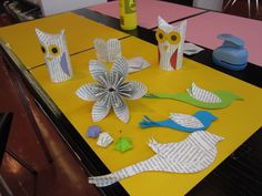 Crafting with book pages in Laurea Library Kerava