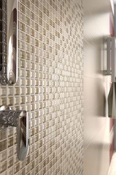 Mosaico collezione LACE http://www.supergres.com/your-home/rivestimenti/item/162-lace  #Bathroom #RivestimentoBagni #WallTiles #CeramisOfItaly
