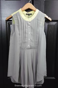 Papermoon Shaniah Pleated Tunic 1- love love love this top! It would be perfect to dressing up for work, it's cute, a little more color and it would be perfect