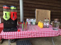 Twin Bowl Slush Machine Hire for drinks on reception at your wedding or during an evening event is a real pleaser with everyone.  Regular flavours or mocktail flavours available.