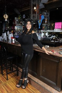 Big Ang Big Ang Mob Wives, I Wish You Would, Barbra Streisand, Reality Tv, Leather Pants, Celebrities, Lady, Outfits, Don't Care