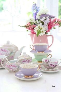 Christina Re's 'Age of Elegance' Tea Service mixed w/ PiP Studio's beautiful florals. Tea Cup Saucer, Tea Cups, Dresser La Table, Café Vintage, Vintage Bridal, Vintage China, Cuppa Tea, Teapots And Cups, Tea Service