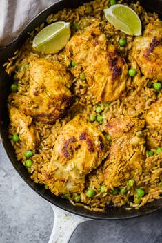 One Pan Tandoori Chicken with Spiced Coconut Rice Tandoori chicken made in one pan with a savory spiced yellow coconut rice. This global flavored recipe is perfect for meal prepping or serving for a weeknight dinner! Rice Recipes, Indian Food Recipes, Chicken Recipes, Dinner Recipes, Cooking Recipes, Ethnic Recipes, Recipe Chicken, Meal Recipes, Cooking Tips