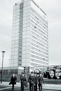 Interhotel Potsdam Berlin Hauptstadt, East Germany, Life Pictures, Wwii, Interior Architecture, Skyscraper, Russia, The Past, Art Deco
