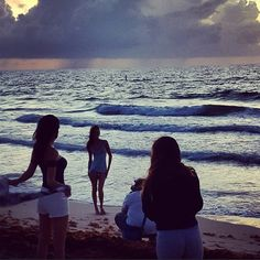 This is what we were up to at 5am this morning. Worth the 3am model call. #sunrise #behindthescenes #photoshoot #lingerie #beach @gabriellakatia @jamilletteg @cindycipri @lorifabrizio